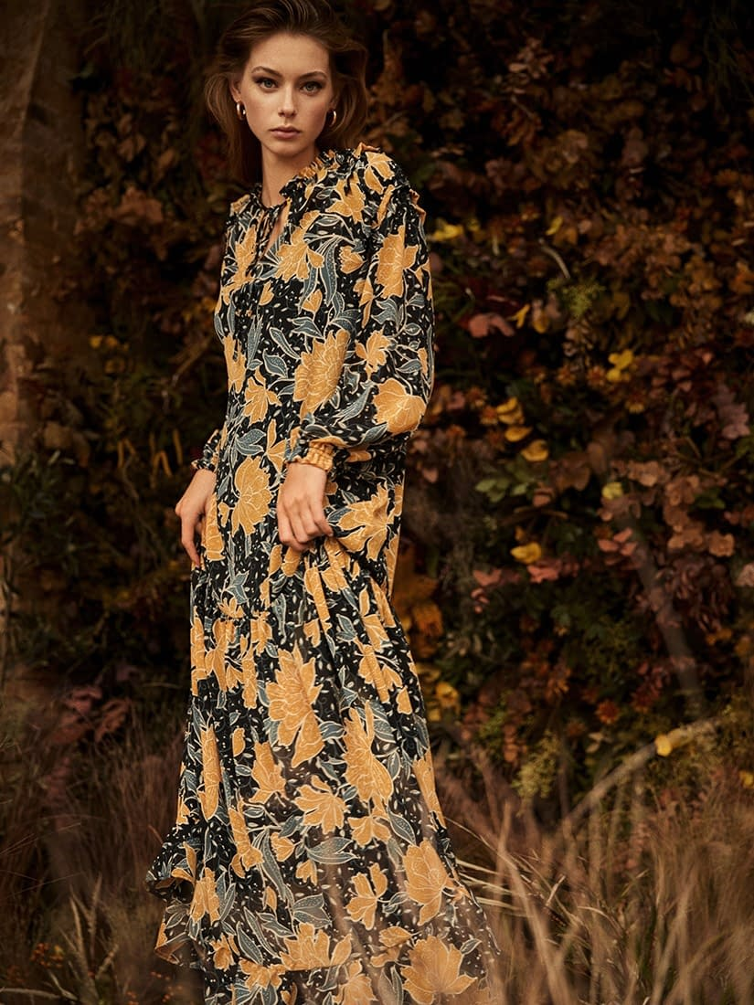 LEFTIES-WINTER-FLOWERS-WOMAN-AW20-PHOTO-01-ENRIC-GALCERAN