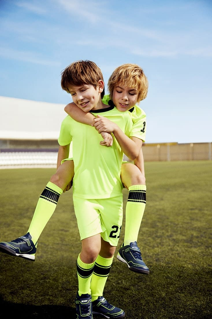 FOOTBALL-KIDS-COLLECTION-PHOTO-11-BY-ENRIC-GALCERAN