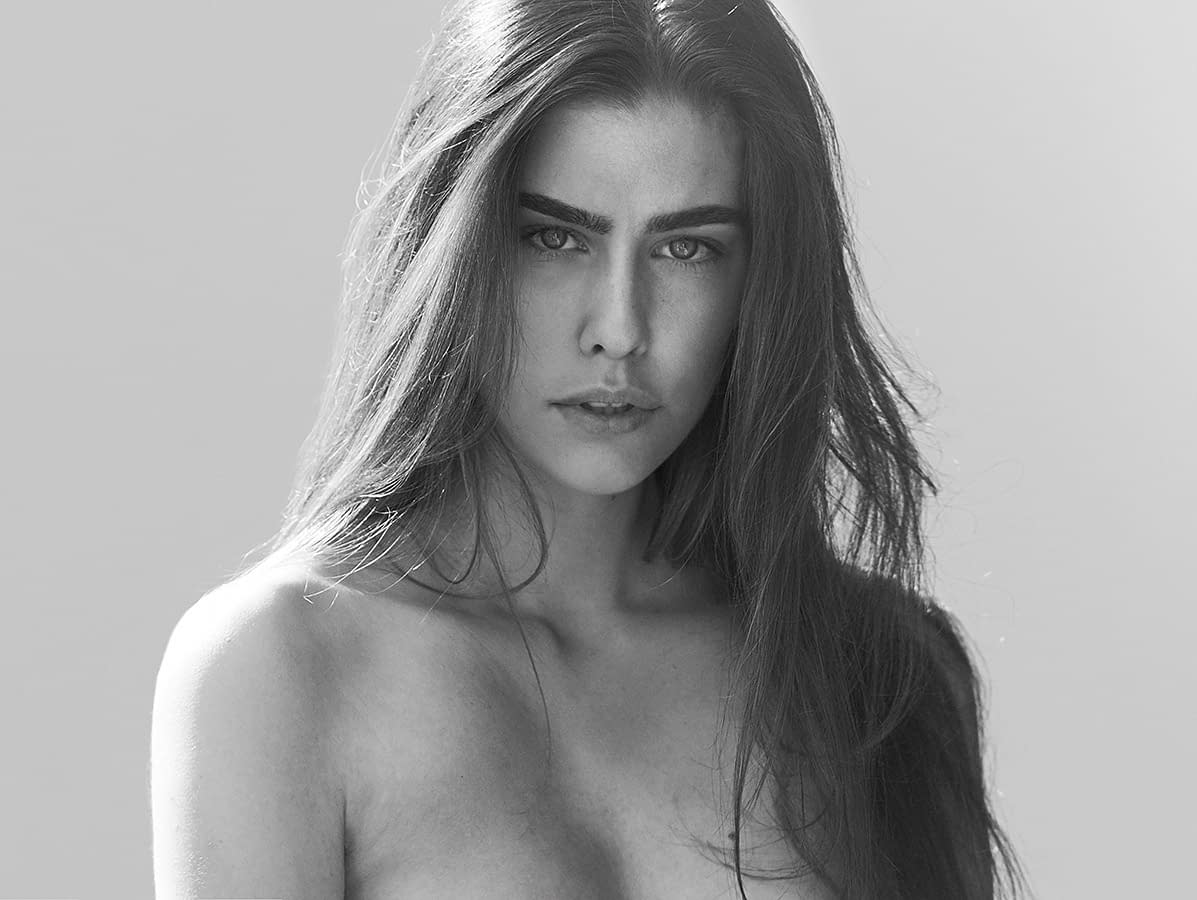 BEAUTY 24 PHOTO BY ENRIC GALCERAN