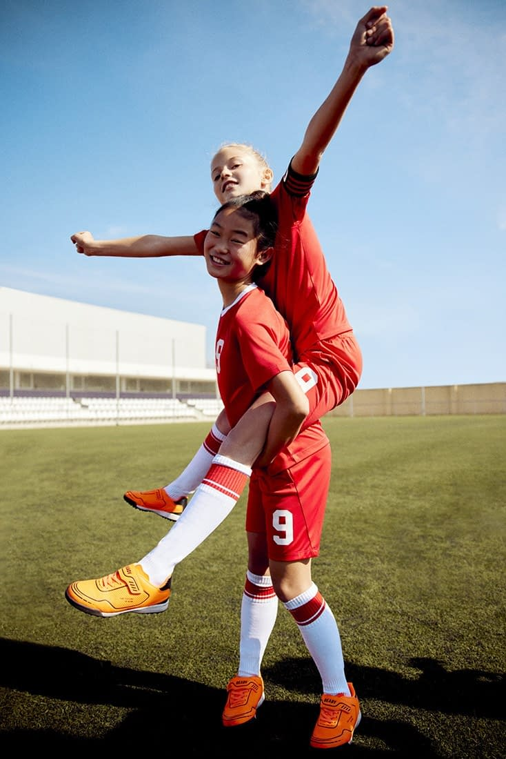 FOOTBALL-KIDS-COLLECTION-PHOTO-18-BY-ENRIC-GALCERAN