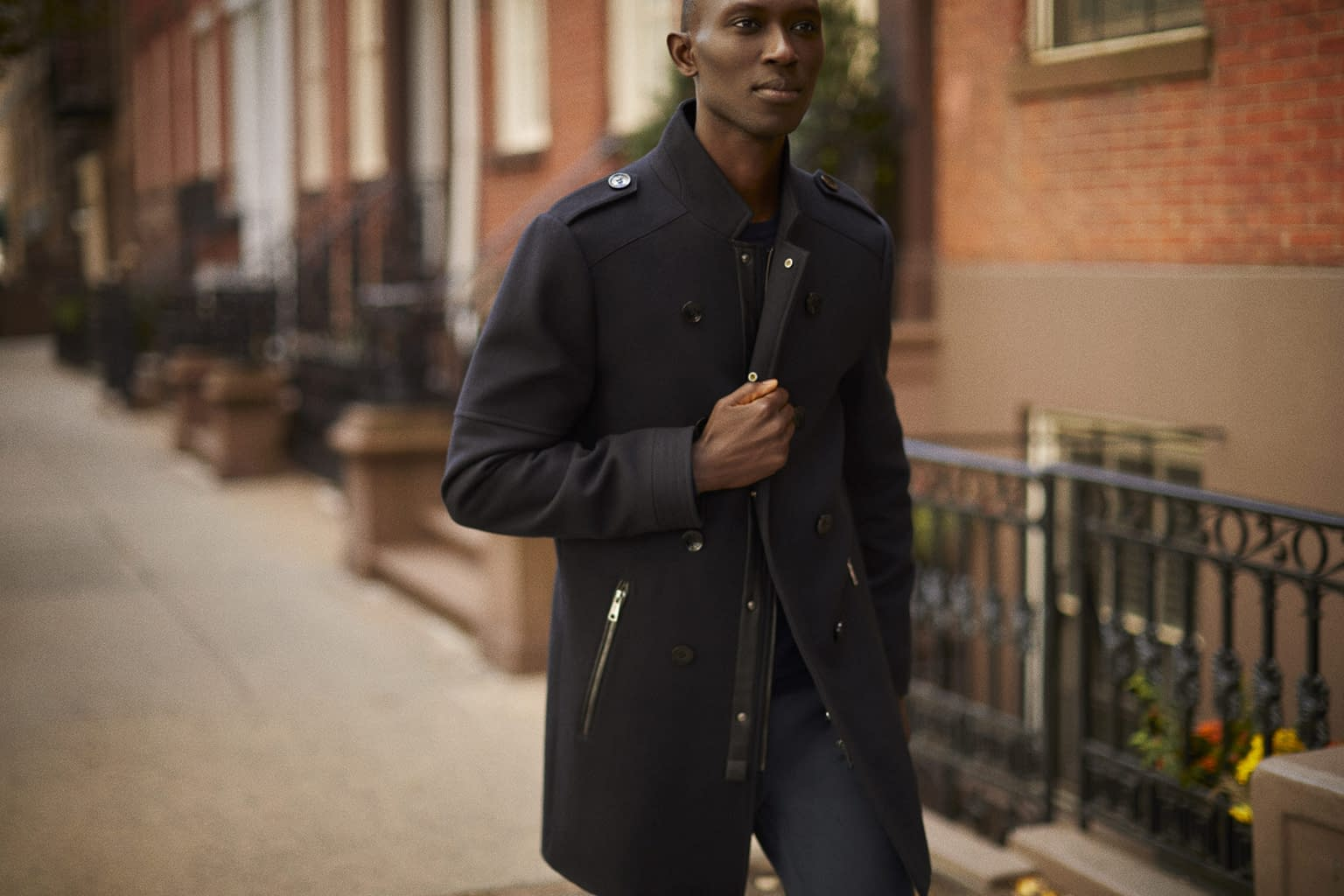 A NEW YORKER - LEFTIES - WITH ARMANDO CABRAL PHOTO BY ENRIC GALCERAN - 09