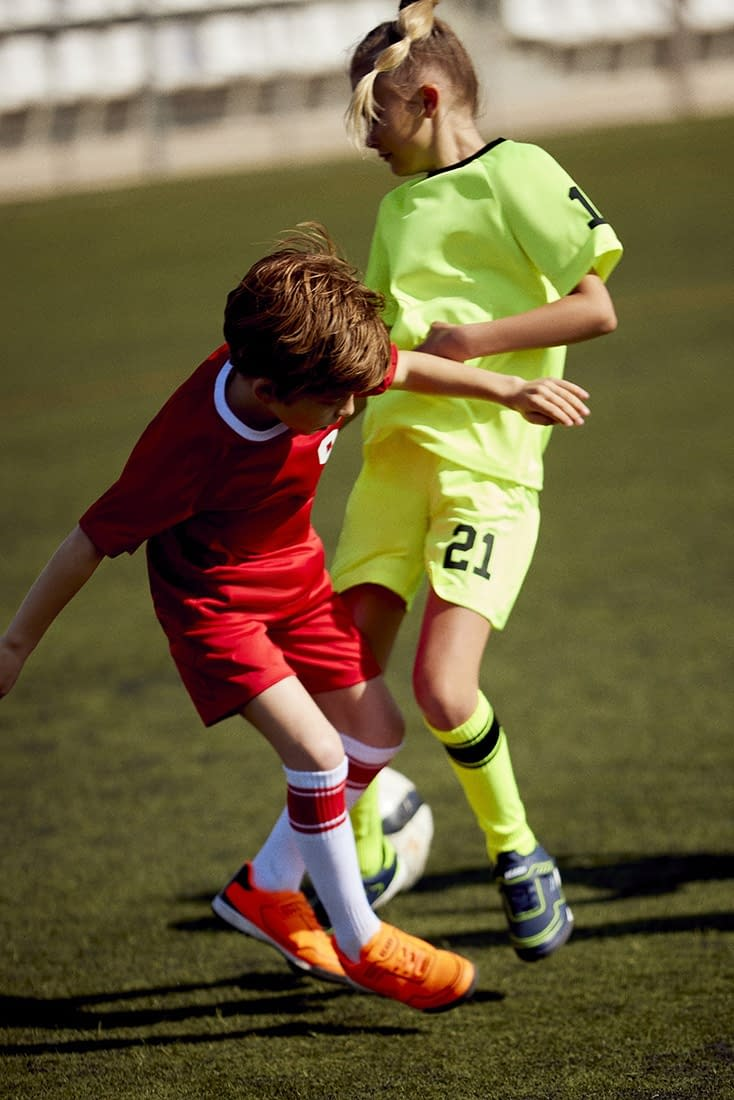 FOOTBALL-KIDS-COLLECTION-PHOTO-13-BY-ENRIC-GALCERAN