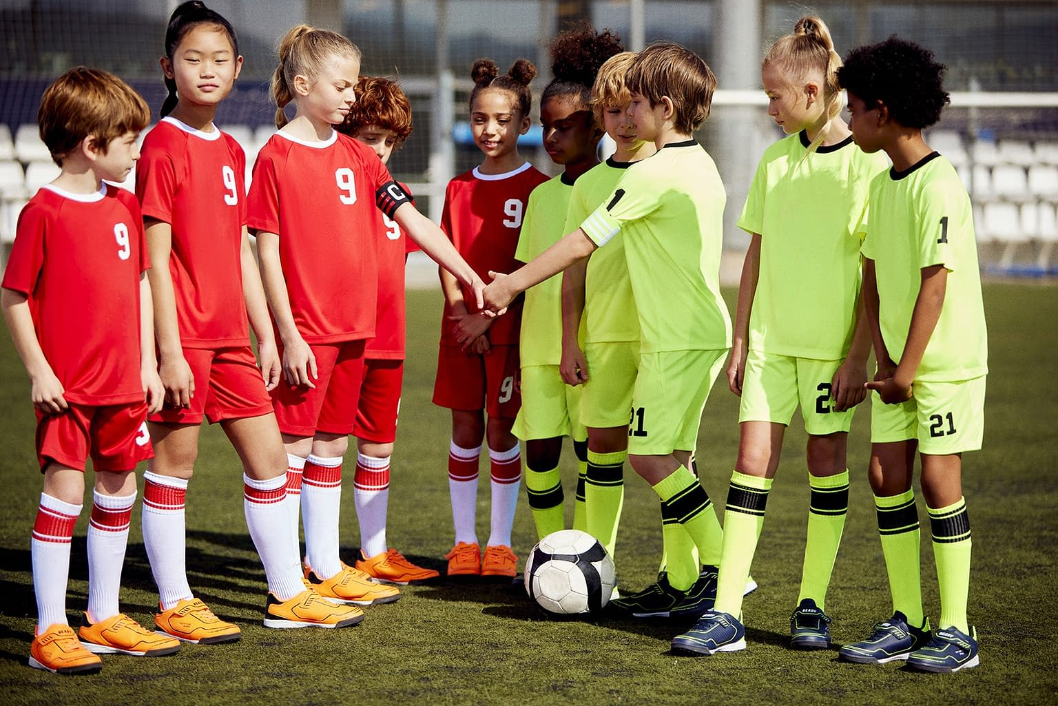 FOOTBALL-KIDS-COLLECTION-PHOTO-12-BY-ENRIC-GALCERAN