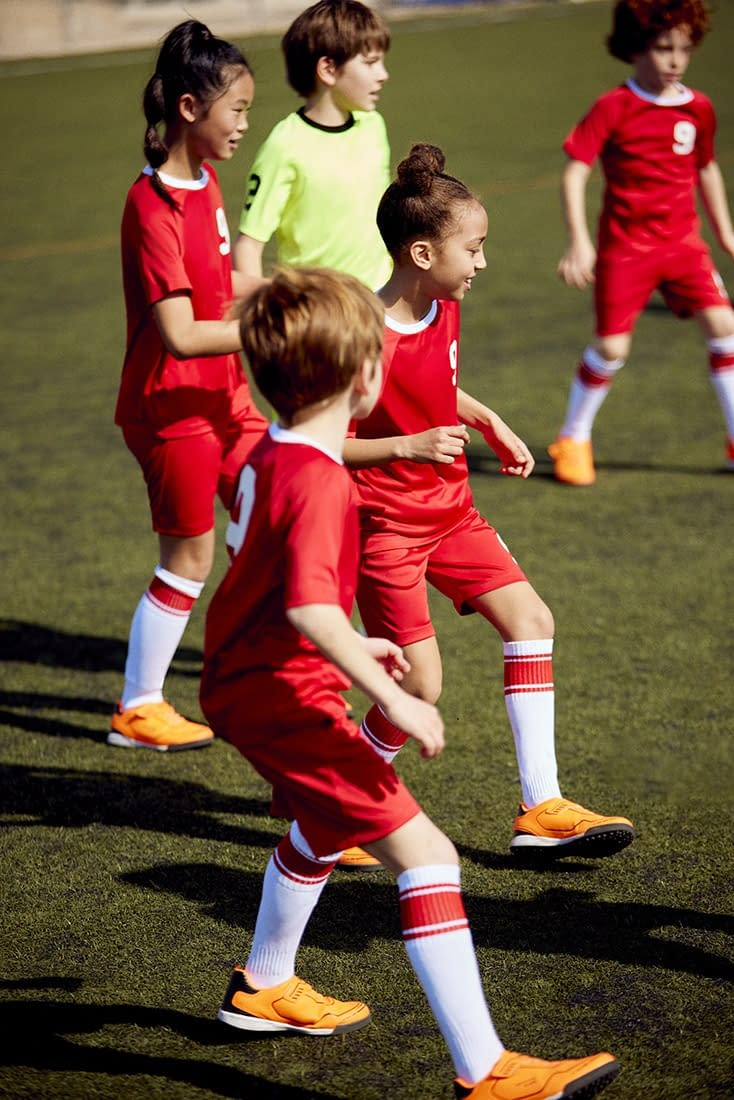 FOOTBALL-KIDS-COLLECTION-PHOTO-17-BY-ENRIC-GALCERAN