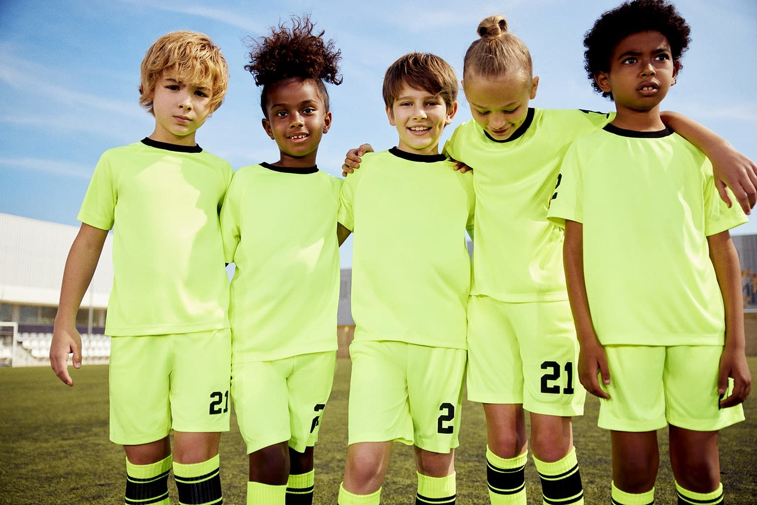 FOOTBALL-KIDS-COLLECTION-PHOTO-10-BY-ENRIC-GALCERAN