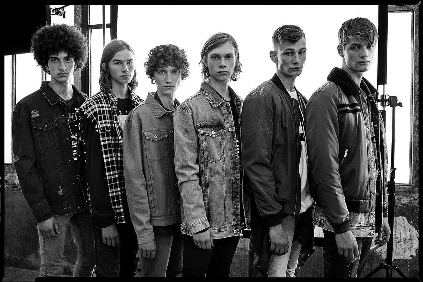LEFTIES MEN THE YOUNG 12 PHOTO BY ENRIC GALCERAN